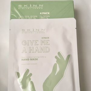 Other - Skinn 4pk Give Me a Hand Mask